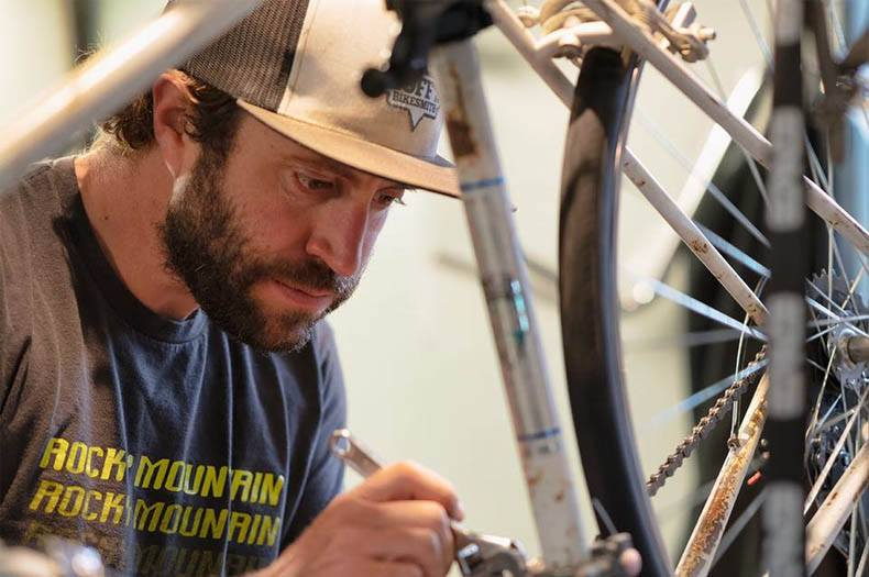 hoffs-bikesmith-tim-hoff-dealsjh-the-shop-jackson-hole-wyoming